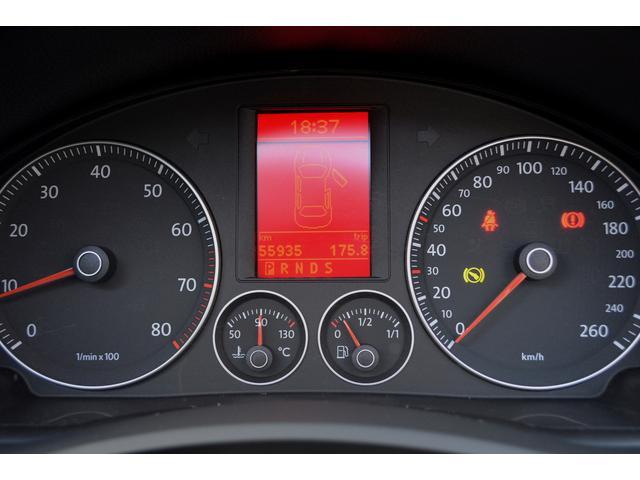 フォルクスワーゲン VW イオス 2.0T 電動オープン ブラックレザーシート