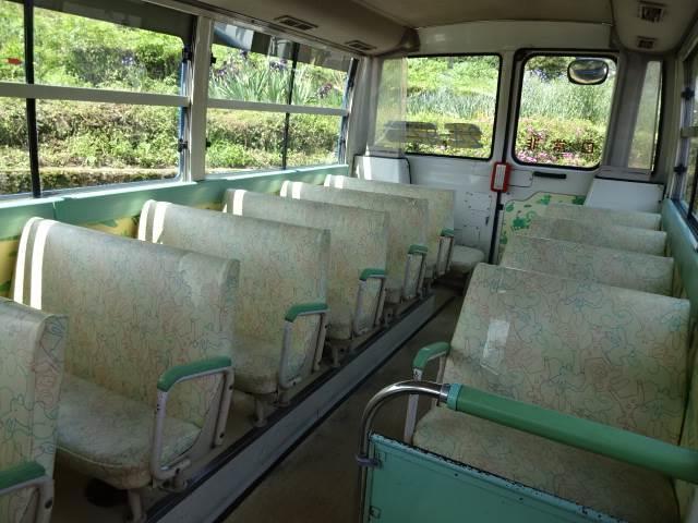 幼児バス 乗車定員 大人3人 幼児38人(12枚目)
