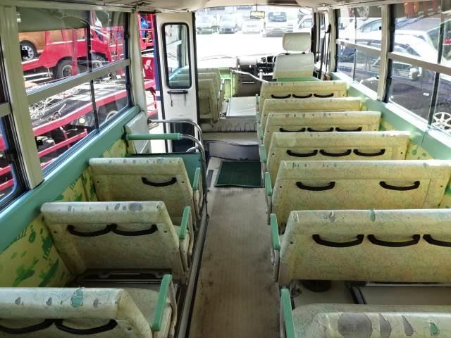 幼児バス 乗車定員 大人3人 幼児38人(16枚目)