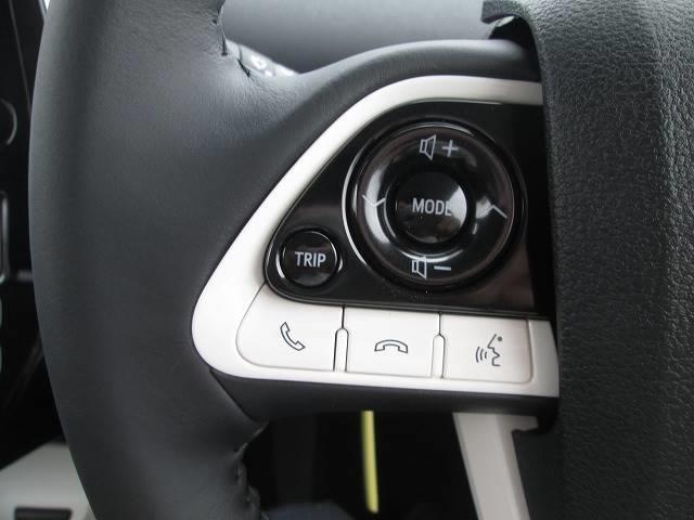 トヨタ プリウスPHV 1.8Aモデリスタエアロ 革巻ハンドル・プッシュスタート