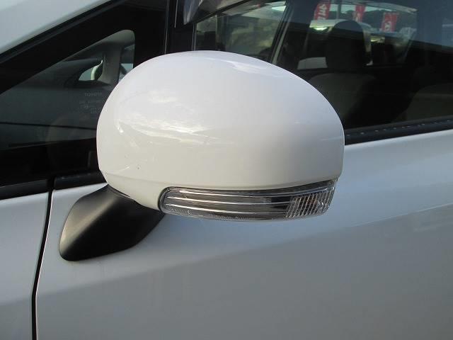 トヨタ プリウスアルファ 1.8 S 純SDナビ・フルセグ