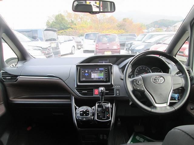 トヨタ エスクァイア 2.0Gi 7人