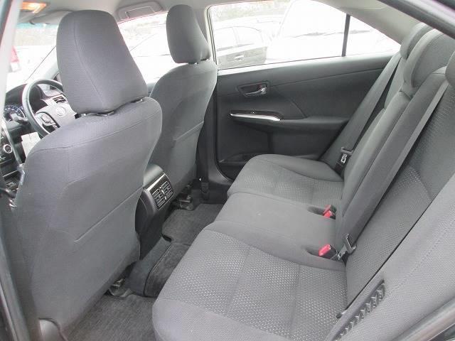 トヨタ カムリ 2.5ハイブリッド Gパッケージ