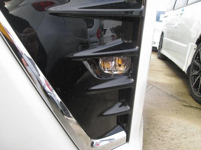 トヨタ ヴォクシー 2.0 ZS 7人 オートマチックハイビーム