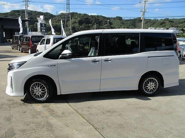 「トヨタ」「ノア」「ミニバン・ワンボックス」「長崎県」の中古車13