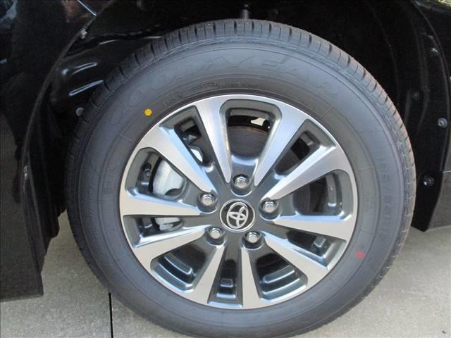 Giプレミアムパッケージ ブラックテーラード 登録済未使用車(9枚目)
