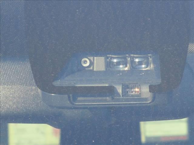 Giプレミアムパッケージ ブラックテーラード 登録済未使用車(17枚目)