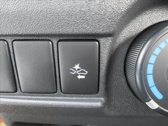 DX 登録済未使用車 禁煙車 純正CDオーディオ キーレス(13枚目)