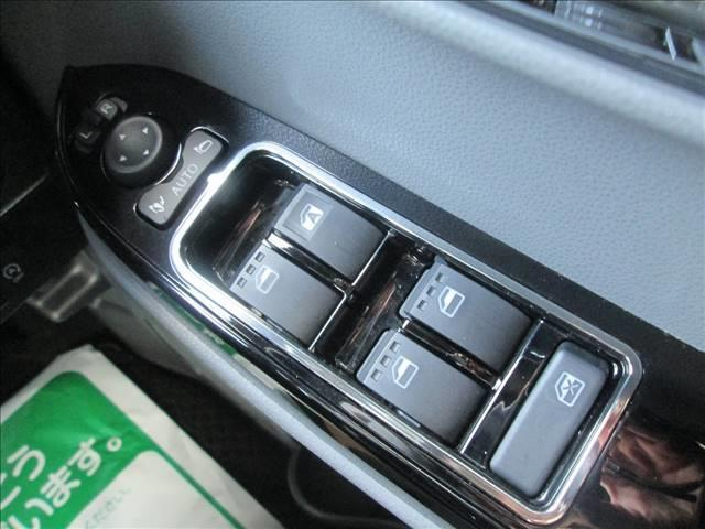 カスタムRS 衝突被害軽減ブレーキ ディスプレイオーディオ ETC 全方位カメラ DVD再生 CD再生 両側電動スライドドア クリアランスソナー LEDライト オートライト ハーフレザーシート 純正アルミホイール(13枚目)