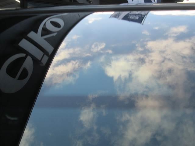 X ブラックアロー 衝突被害軽減ブレーキ センターディスプレイ ETC 全方位カメラ Bluetooth接続 LEDライト オートライト レーンアシスト スマートキー アイドリングストップ 純正アルミホイール(18枚目)
