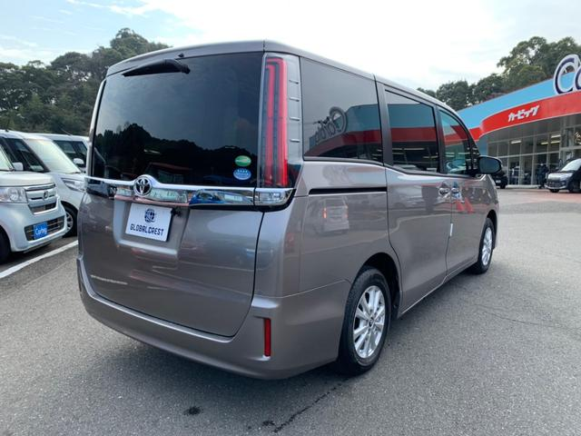 X トヨタセーフティセンス 8人乗り 衝突被害軽減ブレーキ メモリーナビ ETC バックカメラ DVD再生 CD再生 Bluetooth接続 電動スライドドア LEDライト オートマチックハイビーム(11枚目)