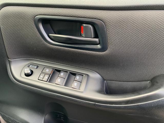 X トヨタセーフティセンス 8人乗り 衝突被害軽減ブレーキ メモリーナビ ETC バックカメラ DVD再生 CD再生 Bluetooth接続 電動スライドドア LEDライト オートマチックハイビーム(17枚目)
