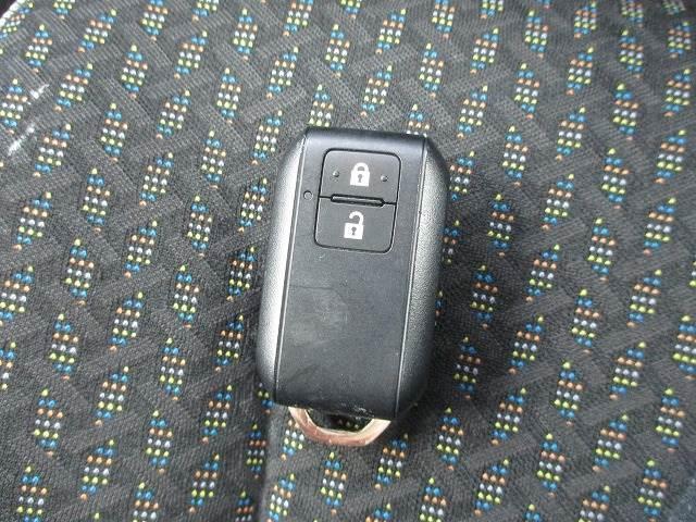 ハイブリッドX 9インチメモリーナビフルセグTV バックモニター アラウンドビューモニター CD再生 DVD再生 Bluetooth接続OK オートクルーズコントロール 純正アルミホイール スマートキー(20枚目)