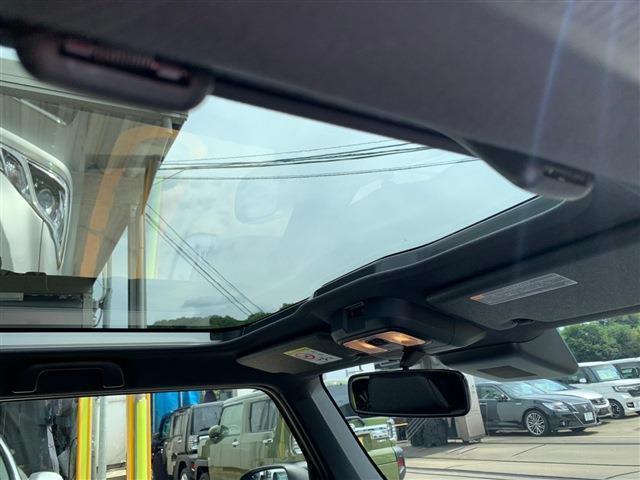 G クロムベンチャー 届出済未使用車 禁煙車 フルセグTV スカイルーフ バックモニター スマートキー プッシュスタート 盗難防止システム 純正アルミホイール LEDヘッドライト シートヒーター 衝突被害軽減ブレーキ(11枚目)