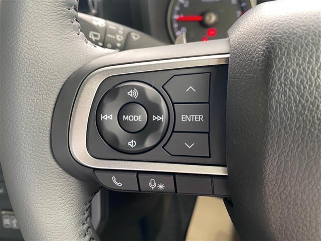 G クロムベンチャー 届出済未使用車 禁煙車 スカイルーフ バックモニター Bluetooth接続 USB入力端子 スマートキー プッシュスタート 盗難防止付システム 衝突被害軽減ブレーキ 純正アルミホイール LEDライト(11枚目)