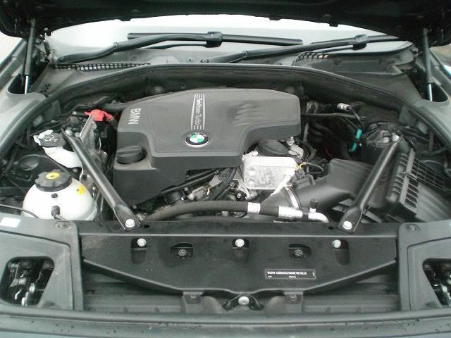 BMW BMW 523i ツーリングM Sport P