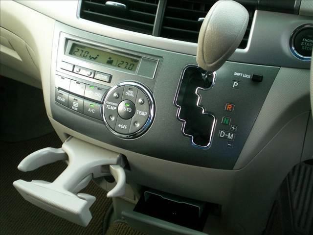 トヨタ エスティマ 2.4X 8人