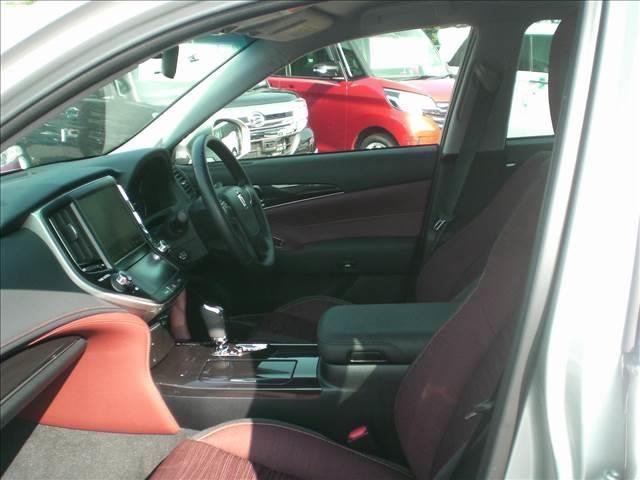 トヨタ クラウンハイブリッド 2.5 アスリートS ハンドルヒーター・純HDDナビ
