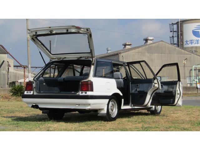 日産 スカイラインステーションワゴン 1800エクセル 5MT エアコン付 カセット