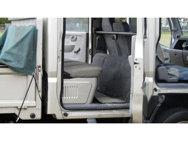 三菱ふそう キャンターガッツ Wキャブロング全低床DX オートマ 4WD