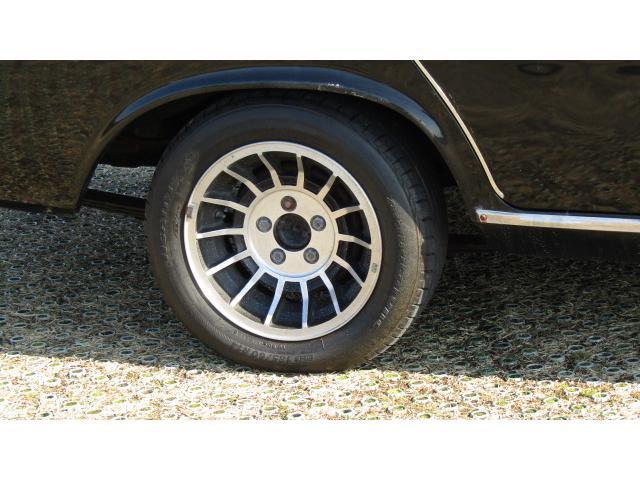別途費用にて新品タイヤに変更可能ですのでお気軽に御相談ください♪