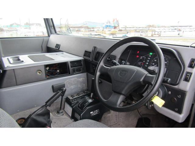 「トヨタ」「メガクルーザー」「SUV・クロカン」「長崎県」の中古車21