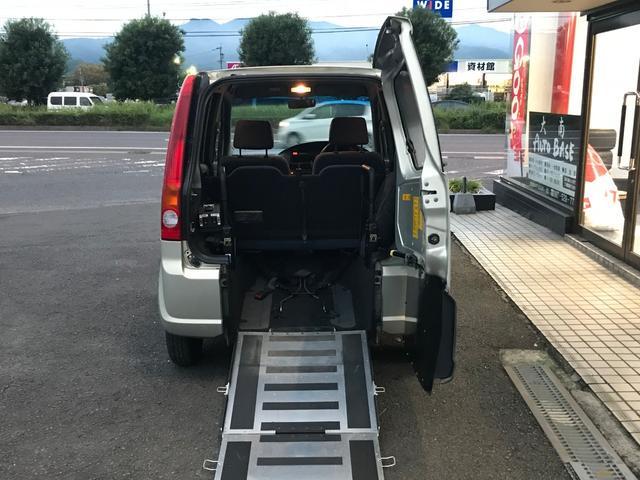福祉車輛 車いすステップ 電動格納ミラー キーレス CD(2枚目)