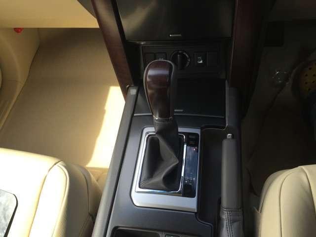 TX Lパッケージ 4WD ナビ革 SR モデリスタエアロ(10枚目)