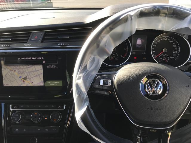 「フォルクスワーゲン」「VW ゴルフトゥーラン」「ミニバン・ワンボックス」「佐賀県」の中古車19