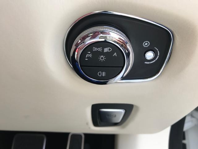 「アストンマーティン」「DB11」「クーペ」「佐賀県」の中古車4