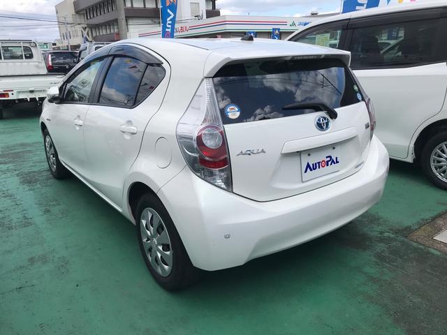 「トヨタ」「アクア」「コンパクトカー」「佐賀県」の中古車4