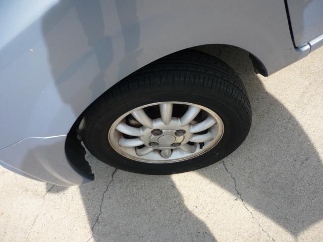 純正アルミ付きで、タイヤの溝のまだまだ大丈夫です!!