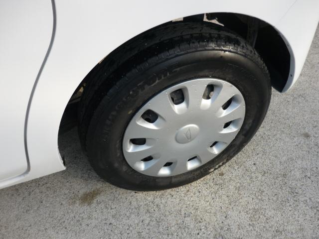 フロントタイヤ2本があまり溝が無いので、納車時に新品交換致します。