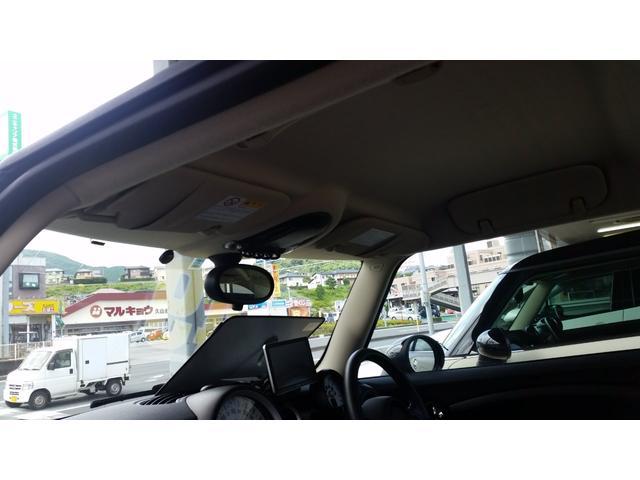 禁煙車にて、内装・シートも、キレイです!