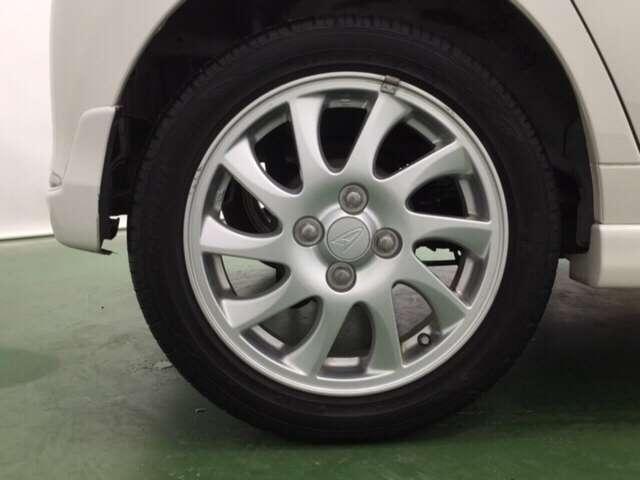 ダイハツ ミラカスタム RS HIDヘッドライト・ナビ・スマートキー