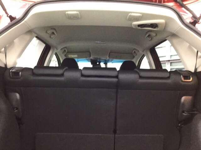 室内空間は圧倒的な広さです。     ※ホンダセンシングとセットで(サイドエアバッグ&サイドカーテンエアバッグ)安全・安心感を高めます