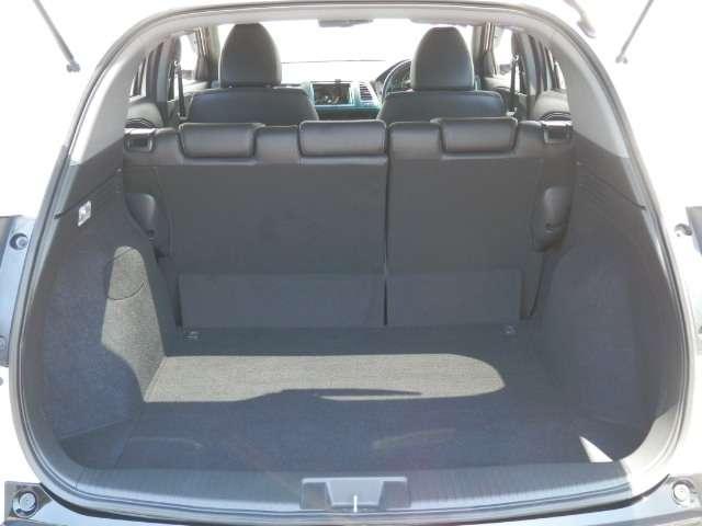 ホンダ ヴェゼル RS・ホンダセンシング ETC・クルコン・オーディオレス車