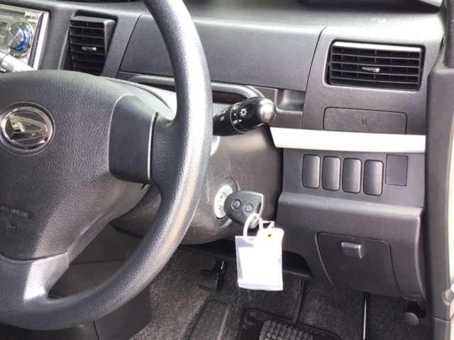カスタム S CDチューナー キーレスキー ETC オートエアコン HID アルミ キーレスエントリー ベンチS CDプレーヤー エアバック ABS(16枚目)
