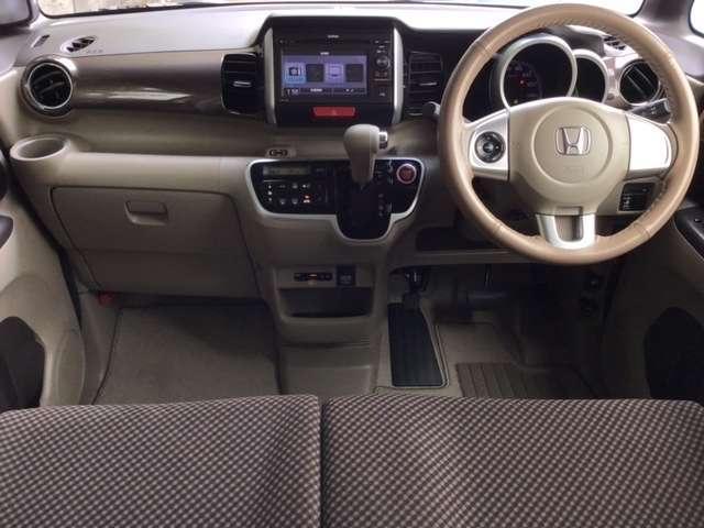 G・Lパッケージ ディスプレイオーディオ ワンセグTV スマキ- CDデッキ テレビ 両側スライド片側電動ドア イモビライザー ETC車載器 ABS ESC アイドリングストップ付き アルミホイル キーフリ- ベンチ席(14枚目)