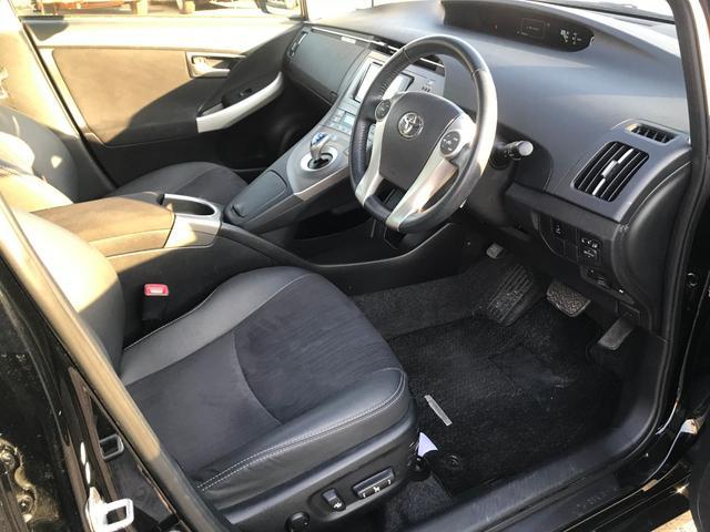 トヨタ プリウス G ハーフレザーシート ETC  2年保証