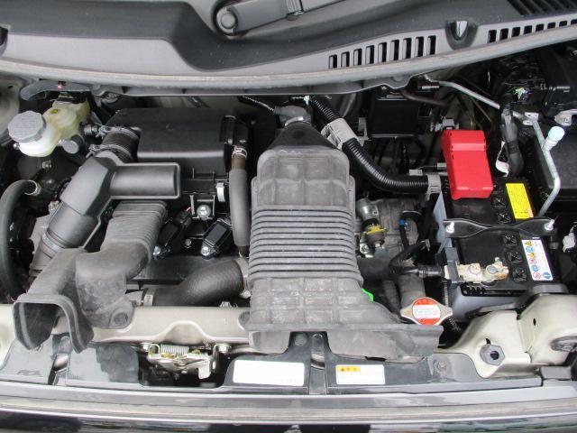 HYBRID XZターボ 後席両側電動スライドドア(10枚目)