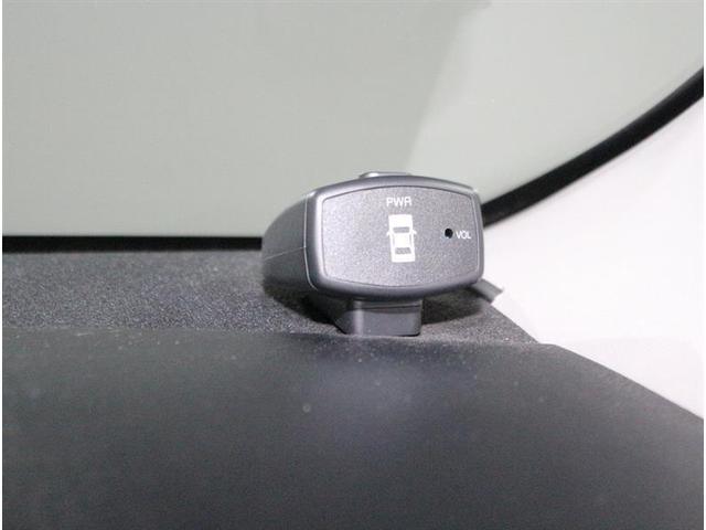 トヨタ アクア G フルセグ付メモリーナビ コーナーセンサー バックカメラ