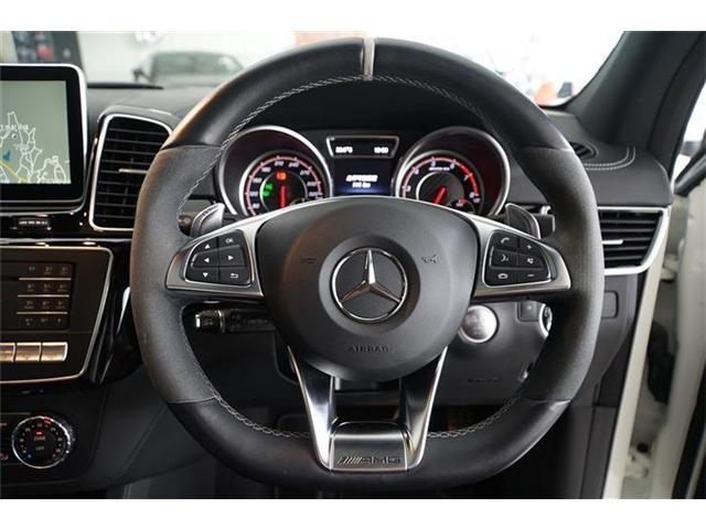 GLE63 S 4マチック パノラミックスライディングルーフ 21インチマットブラックアルミホイール AMGドライバーズパッケージ エアマティックサスペンション アダプティブブレーキ シートベンチレーター シートヒーター(16枚目)