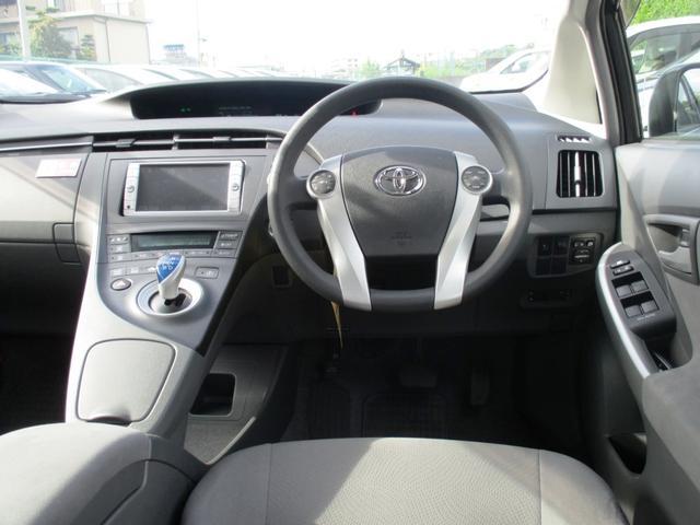 トヨタ プリウス S ソーラーパネル・ナビ・ETC