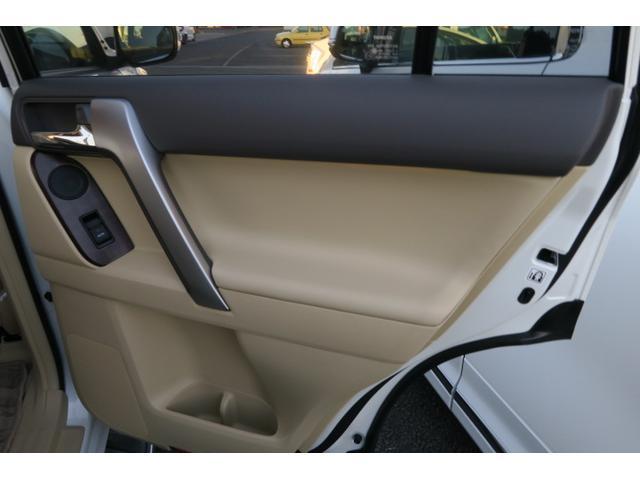 トヨタ ランドクルーザープラド TZ-G ディーゼル 4WD シートヒーター
