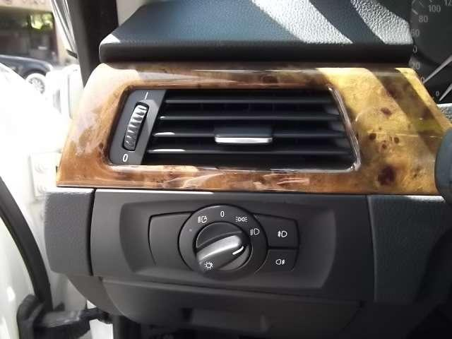BMW BMW 325i ハイラインパッケージ ブリスターフェンダー