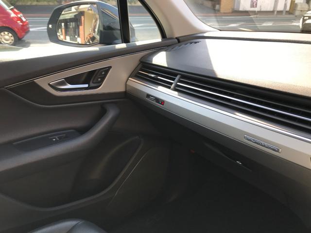 「アウディ」「アウディ Q7」「SUV・クロカン」「福岡県」の中古車28