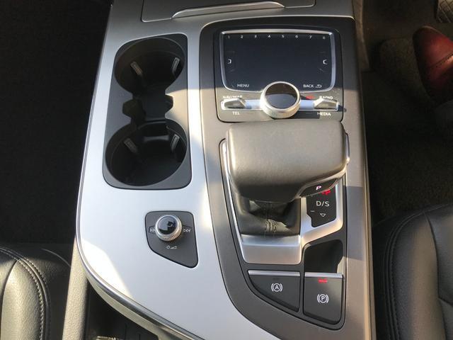 「アウディ」「アウディ Q7」「SUV・クロカン」「福岡県」の中古車30