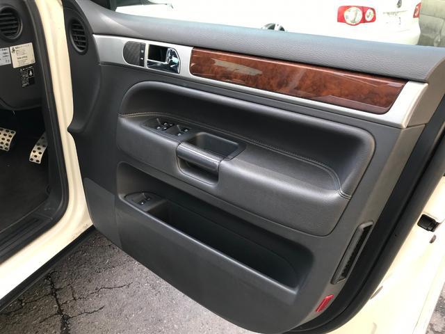 「フォルクスワーゲン」「VW トゥアレグ」「SUV・クロカン」「福岡県」の中古車16