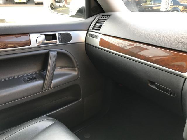 「フォルクスワーゲン」「VW トゥアレグ」「SUV・クロカン」「福岡県」の中古車21